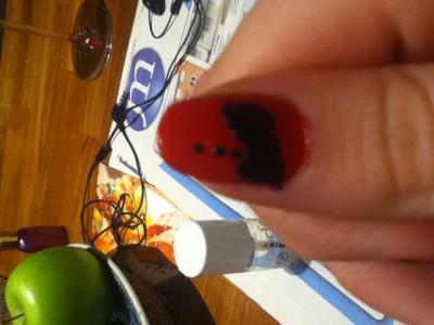 Tie button nails